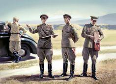 ARMATA ROSSA - Generale dell'Armata Rossa con ufficiali di Stato Maggiore.