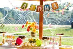 Cute Luau ideas, particularly for labeling food.