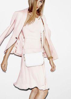 335 meilleures images du tableau mode rose poudre en 2019 pink fashion clothing et. Black Bedroom Furniture Sets. Home Design Ideas