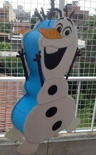 como hacer olaf con carton - Olaf Birthday, Birthday Pinata, Disney Frozen Party, Olaf Frozen, Frozen Themed Birthday Party, 4th Birthday Parties, Olaf Pinata, Frozen Pinata, Frozen Party Decorations
