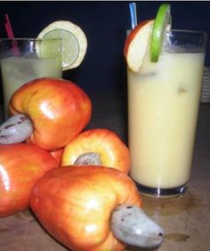 Suco de caju.. did you guys know that cashew nuts come from this fruit?