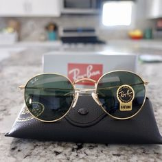7825c53304e48 New Ray Ban RB 3447 Round 001 Gold Frame  Green Classic G-15 Lens Sunglasses    eBay