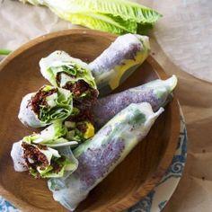 Healthy Quinoa Avocado Spring Rolls