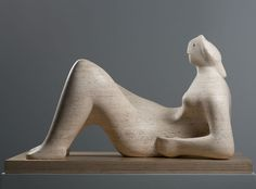 Carving sculpture out of a block of stone or wood was central to Henry Moore's. Sculpture Head, Abstract Sculpture, Wood Sculpture, Metal Sculptures, Bronze Sculpture, Natural Form Artists, Natural Forms, Henry Moore Reclining Figure, Henry Moore Drawings