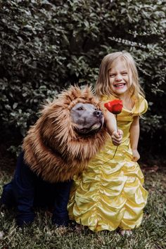 Kids and dogs, beauty and the beast child and dog costume, dog Duo Costumes, Family Costumes, Couple Costumes, Big Dog Halloween Costumes, Halloween 2020, Halloween Stuff, Halloween Makeup, Halloween Ideas, Happy Halloween