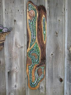 Green 1 | Jill Swanink Rough Willow wood , stained glass , glass rods and globs