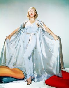 """Lana Turner in Travilla for """"The Rains of Ranchipur"""" 1955 Hollywood glamour Old Hollywood Style, Hollywood Fashion, Old Hollywood Glamour, Vintage Hollywood, Hollywood Actresses, Classic Hollywood, Divas, Helen Rose, Vintage Outfits"""
