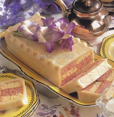Pin it Hot Dog Buns, Hot Dogs, Vanilla Cake, Cake Recipes, Sweets, Bread, Snacks, Cookies, Food