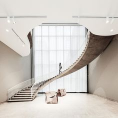 Spiral staircase in the Art Institute of Chicago