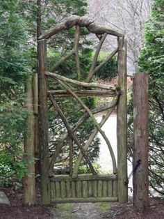 Rustic Wood Gate looks perfect in this setting!