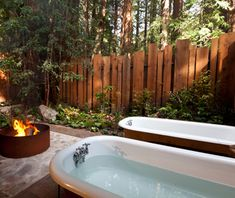 Coolest Hotel Bathtubs: Glen Oaks, Big Sur, CA from Travel and Leisure