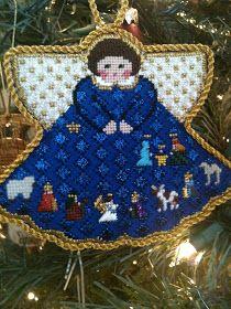 steph's stitching: Painted Pony Angels needlepoint nativity ornament