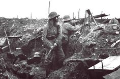 essay on ww1 trenches