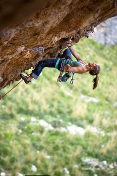 All around bad ass climber chick Whitney Boland, on Mi Puo Fare Accendere (8a.13c), Crown of Aragon.