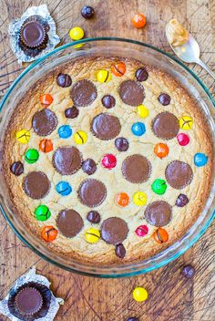 Triple Peanut Butter Cookie Pie - This fast & easy cookie pie has peanut butter worked in 3 different ways. If you're a peanut butter lover,...