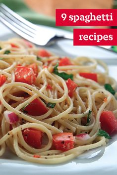 Spaghetti Recipes – Find new ways to prepare a classic spaghetti recipe for your dinner table with these delicious dishes. Whether you choose to shake up your spaghetti routine by adding spicy chicken or a zesty Bolognese sauce, we have all the pasta dishes you need!