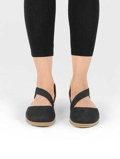 Vegan Vegetarian Non-Leather Womens Flat Black Sandals