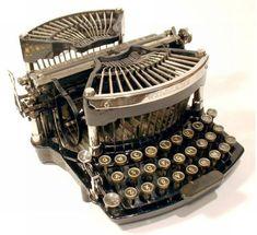 Bonitas Maquinas de Escribir Antiguas, completa Coleccion de Arte Mecanico ... | Todo Interesante