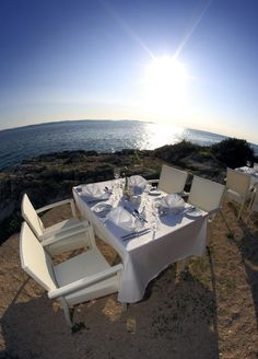We offer you a variation of different restaurants where you can either watch the sun set during dinner or just enjoy the beauty of the croatian coast. Croatian Coast, Outdoor Furniture Sets, Outdoor Decor, Bratislava, Restaurants, Canning, Sunset, Dinner, Watch