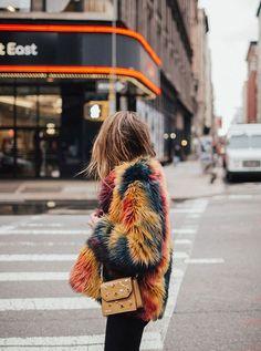 Stella McCartney cria 1º casaco de pele falsa ambientalmente