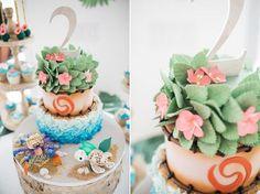 Miami Moana themed birthday party Photography: Sonju Photography Desserts: ET Cakes Moana Theme Birthday, 2nd Birthday Party Themes, Birthday Cake Smash, Birthday Cake Girls, Boy Birthday Parties, Birthday Ideas, 4th Birthday, Moana Party, Moana Themed Party