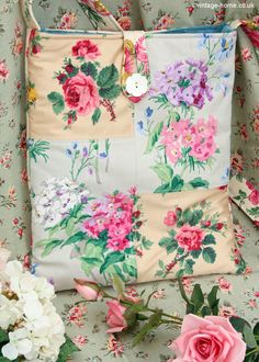Vintage Home Shop - Our Patchwork Bag incorporates Sanderson's original 1930s Sweet Williams fabric! www.vintage-home.co.uk Vintage Floral Fabric, Vintage Textiles, Handmade Fabric Bags, Linen Cupboard, Flower Bomb, Granny Chic, My Sewing Room, Patchwork Bags, Fabric Art
