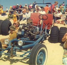 Every kid wants a dune buggy at one point of another and the kids here at www.fosilfueled.com haven't stopped. That means it's time for a vintage dune buggy flashback! Dude!