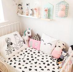 Darling children's room decor by mummy5bunnies