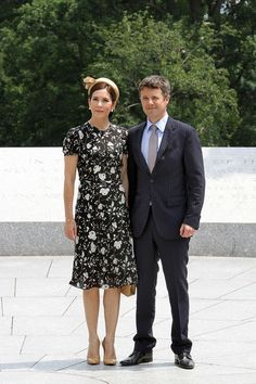 Princess Mary Photos - Prince Frederick and Princess Mary at Arlington National Cemetery - Zimbio