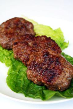 Smoky, Spicy, Sweet Autoimmune Paleo Breakfast Sausage // TheCuriousCoconut.com #paleo #aip #breakfast