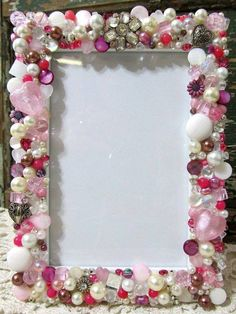 Mosaic Jeweled Picture Frame - Pink- Holds a 3 x 5 Photo Wire Crafts, Bead Crafts, Button Frames, Picture Frame Crafts, Mirrored Picture Frames, Vintage Jewelry Crafts, Diy Frame, Beads And Wire, Buttons