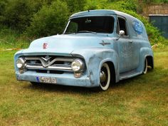 Ford F100 Panel Delivery