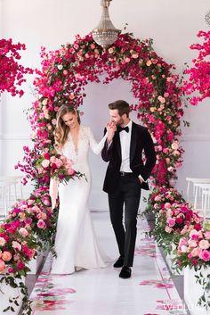 30 Floral Wedding Arch Decoration Ideas wedding arch decoration ideas chic red roses on altar and ai Luxury Wedding, Dream Wedding, Wedding Day, Wedding Tips, Wedding Bride, Diy Wedding, Ceremony Arch, Wedding Ceremony, Wedding Altars
