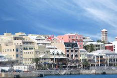 Read about Hamilton City, including its accommodations, and see why this Bermuda capital has little trouble attracting visitors. Bermuda Hotels, Bermuda Travel, Beach Travel, Cruise Excursions, Shore Excursions, Hamilton Bermuda, Bermuda Island, Places To Travel, Places To Visit