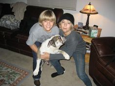 Sprouse Bros, Dylan Sprouse, Zack Y Cody, Dylan And Cole, Suite Life, Betty Cooper, Lil Baby, Disney Channel, Twins
