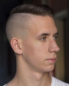 Men's Undercut Haircut -