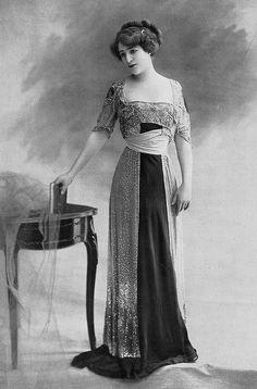 Les Modes (Paris) 1910 Robe du Soir par Ney Soeurs