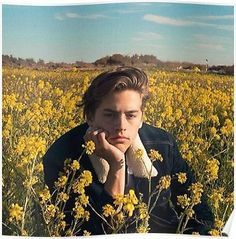 Cole sprouse 🍁 riverdale cole sprouse aesthetic, aesthetic w Sprouse Cole, Sprouse Bros, Cole Sprouse Funny, Cole Sprouse Jughead, Dylan Sprouse, Cole Sprouse Haircut, Cole Sprouse Shirtless, Dylan Et Cole, Fotos Tumblr Boy