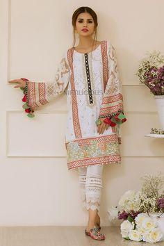 Simple Pakistani Dresses, Pakistani Fashion Casual, Pakistani Dress Design, Pakistani Outfits, Pakistani Clothing, Stylish Dress Book, Stylish Dresses For Girls, Stylish Dress Designs, Casual Dresses