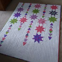 Sewing Quilts Starfall quilt by Canuck QWuilter Designs Star Quilt Blocks, Star Quilt Patterns, Star Quilts, Scrappy Quilts, Easy Quilts, Mini Quilts, Modern Quilting Designs, Machine Quilting Designs, Quilting Projects
