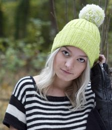 Limeade hand knitting pattern #knitting #sweater #hat #margeausoboti #easy #pompom #madelinetosh
