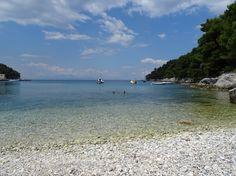 Agnondas Beach, Skopelos - picture by Lesli Christianson-Kellow Skiathos, Sounds Like, Greek Islands, Where To Go, Travel Inspiration, Scenery, Relax, Ocean, Beach