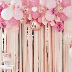 Ginger Ray Blush & Peach Party Backdrop Kit – Build a Birthday NZ Gold Confetti Balloons, Pink Balloons, Foil Balloons, Latex Balloons, Balloons On Ceiling, Bubblegum Balloons, Rainbow Balloons, Number Balloons, Party Kulissen