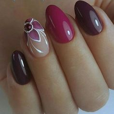 Hey there lovers of nail art! In this post we are going to share with you some Magnificent Nail Art Designs that are going to catch your eye and that you will want to copy for sure. Nail art is gaining more… Read Pretty Nail Art, Beautiful Nail Art, Gorgeous Nails, New Nail Art Design, Gel Nail Designs, Design Art, Design Ideas, Flower Nail Art, Creative Nails