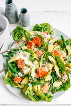 Summer Salads–Summer Loving All-In Salmon Salad Healthy Salads, Healthy Eating, Healthy Recipes, Healthy Cooking, Cooking Tips, Healthy Food, Slow Roast Lamb, Smoked Salmon Salad, Smoked Chicken