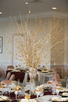 Suzanne Neville Glamour for a Gold and Red Christmas Wedding