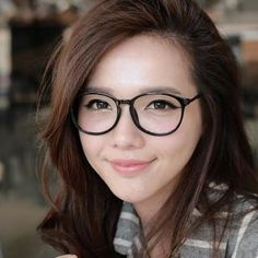 Eyeglass Frame Color For Asian : 1000+ images about Glasses on Pinterest Eyeglasses, Liv ...