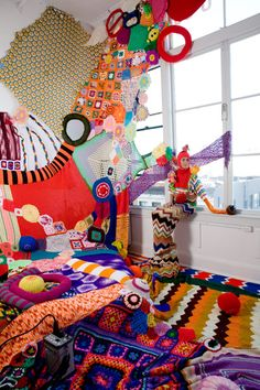 This is totally what I should do to my room. lol