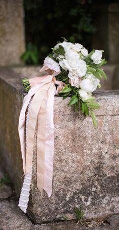beautiful bouquet http://rstyle.me/n/cdshgr9te beauti bouquet, ribbon, bridal bouquet