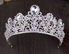 Similar to the Stuart tiara. [Ebay: promdresssales.] http://orderofsplendor.blogspot.com/2012/04/tiara-thursday-stuart-tiara.html